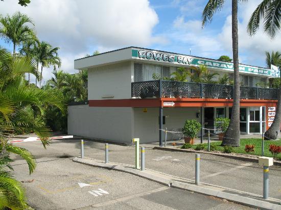 rowes-bay-caravan-park